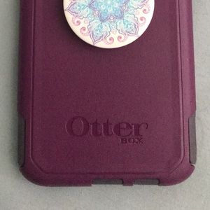 Galaxy S8+ Otter box with PopSocket